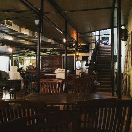 The White Flag Pub Milano Zona 4