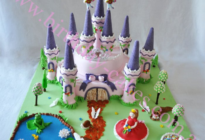 Sweet Castle Birthday Cake Designbest Birthday Cakesbest Birthday Cakes