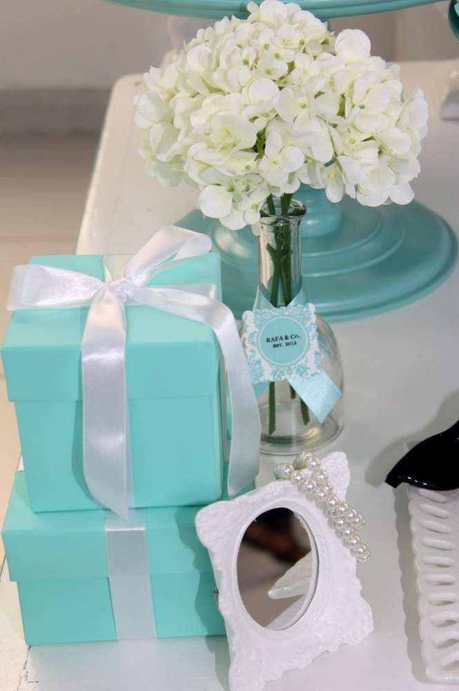 Modern Bridal Shower Themes