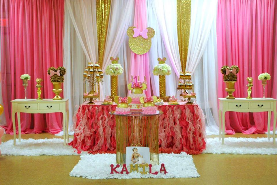 Dazzling Minnie Mouse Birthday Party Birthday Party Ideas Themes