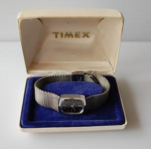 1976 Timex ladies bracelet watch
