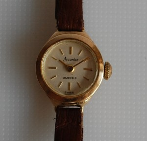 1965 Accurist 21J ladies gold watch