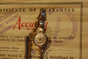 1964 Accurist ladies gold watch with box and papers