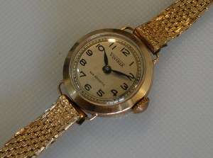 1953 Visible ladies 9ct gold watch