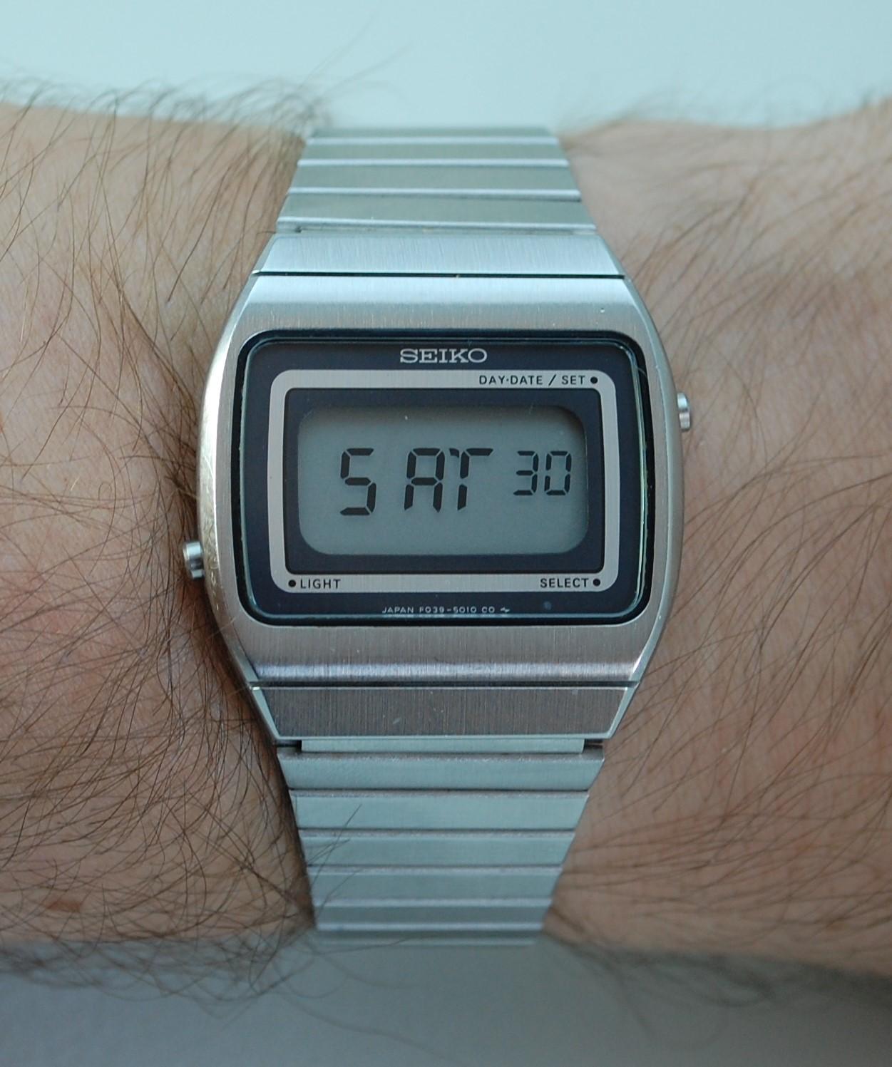 1979 Seiko LCD Digital F039 5010