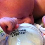 Birthzang's guide to introducing a bottle (to a stubborn baby)