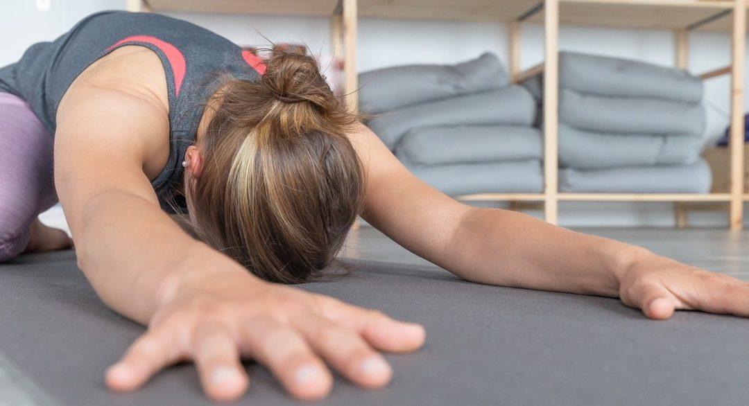 10 tips for practising yoga in pregnancy
