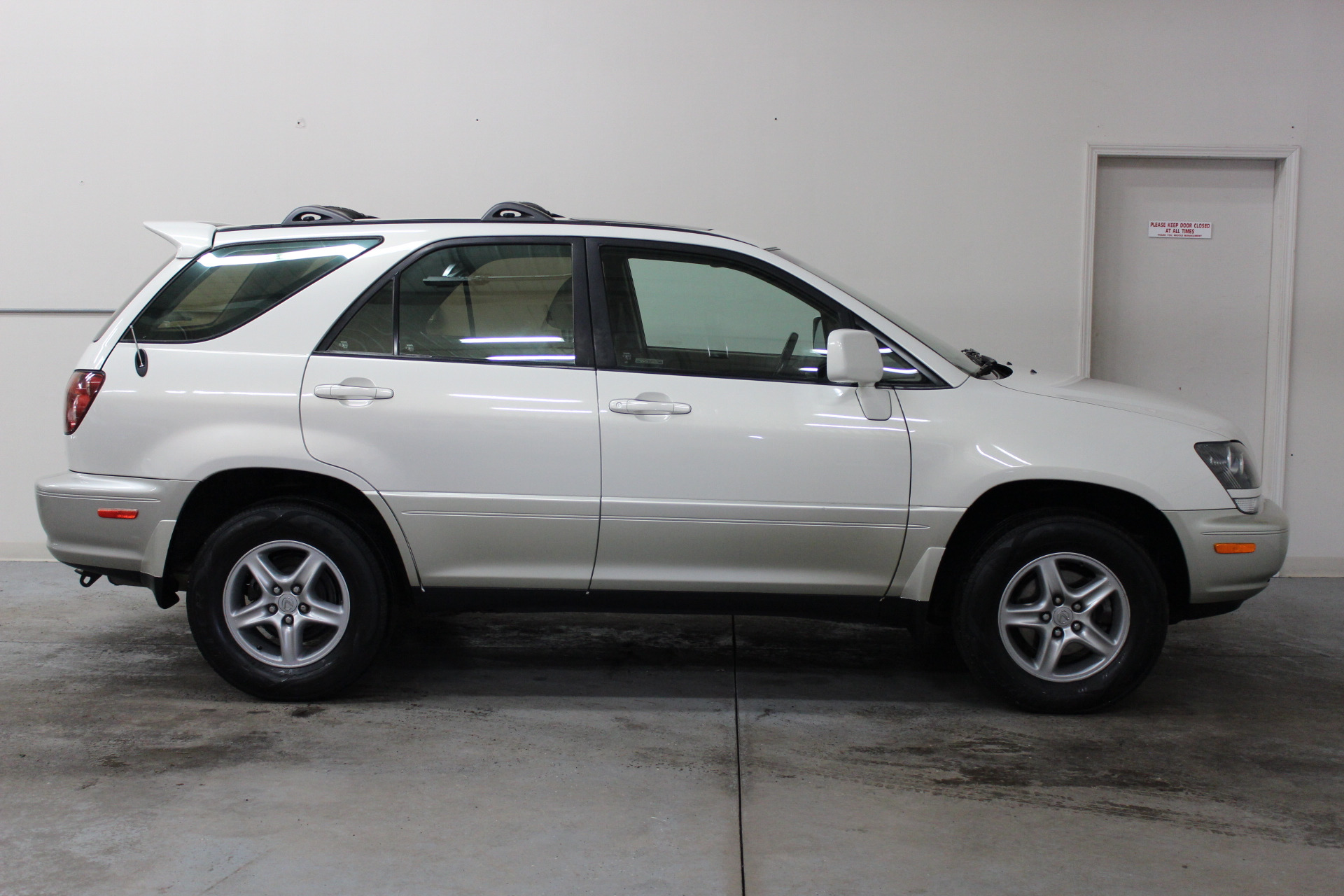 2000 Lexus RX 300 Biscayne Auto Sales