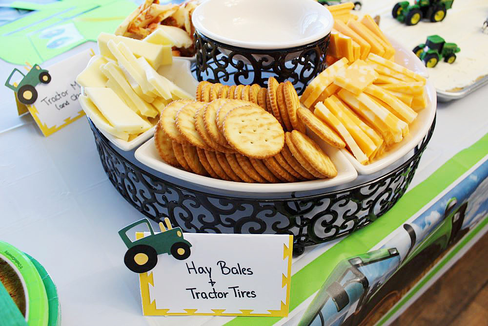 tractor themed birthday party for toddler food
