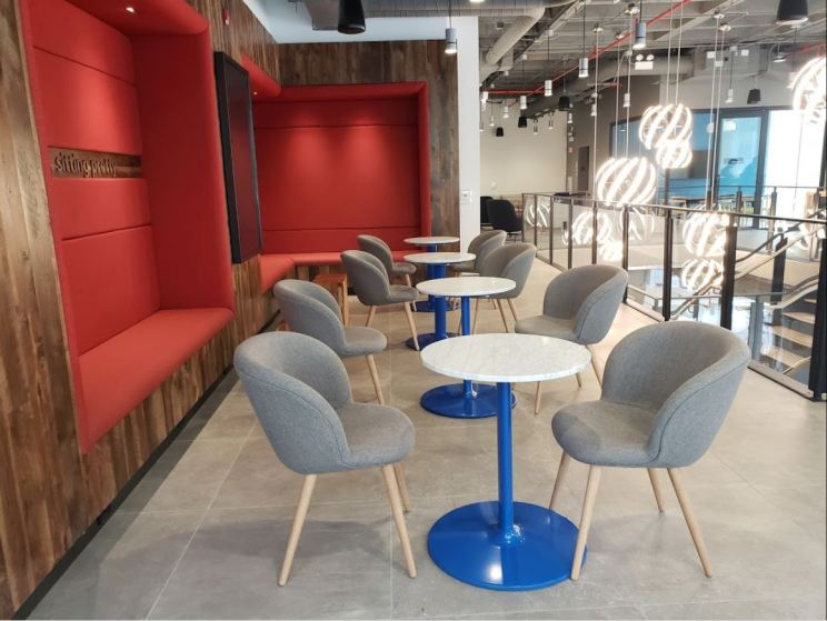 Capital One Cafe - State Street, Chicago 12