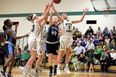 girls-varsity-basketball-bishop-ludden-5