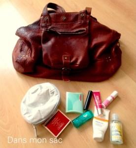 Les produits essentiels à avoir dans son sac à main