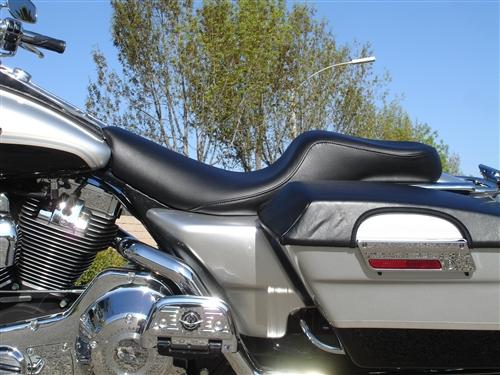 Custom Seats Harley Davidson HD Road King FLHR FLHRI FLHRCI