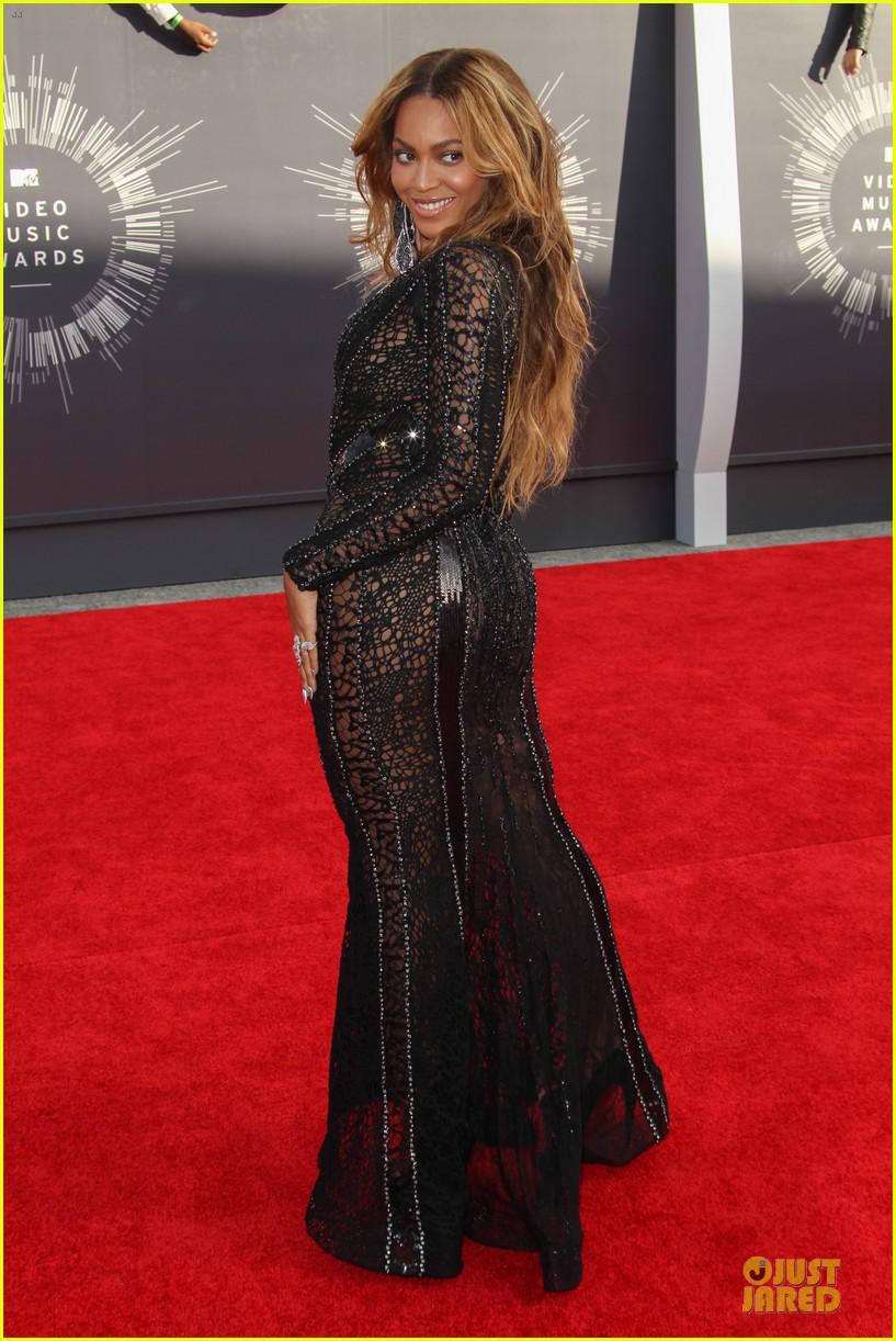 MTV Video Music Awards 2014 il red carpet  Rita Ora