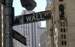 Goldman Sachs Ex-President Gary Cohn to Advise Blockchain Startup 1