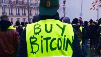 But what does Bitcoin do among the yellow vests? 3