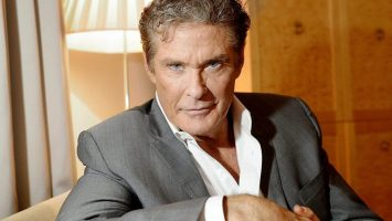 9 celebrities including charlie sheen and david hasselhoff wish bitcoin a happy birthday 768x432 1