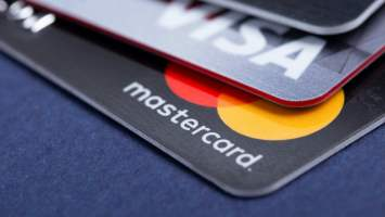 survey shows 14 of americans want cryptocurrency rewards for using their credit cards