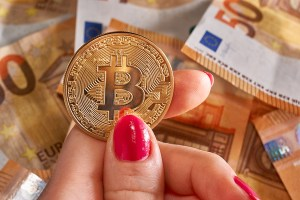 Bitcoin Basics: What is a Bitcoin Faucet? (Hint: Money Flows!)