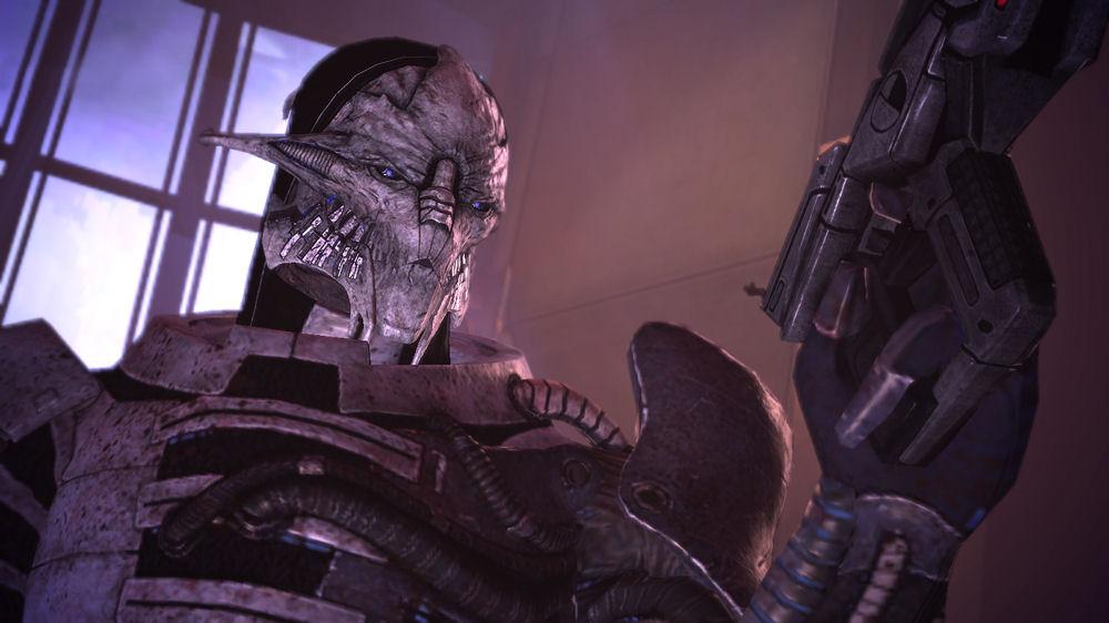 Mass Effect - Saren with gun