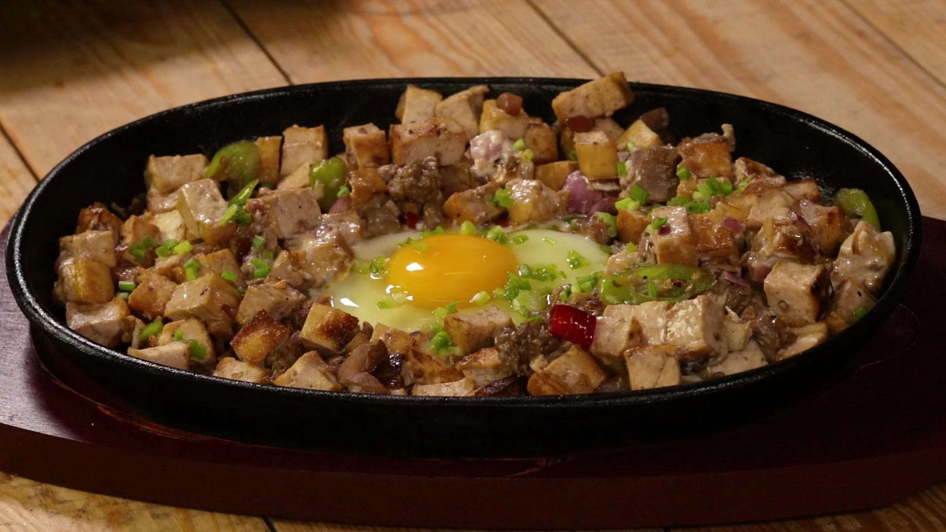 Chicken Liver & Tofu Sisig
