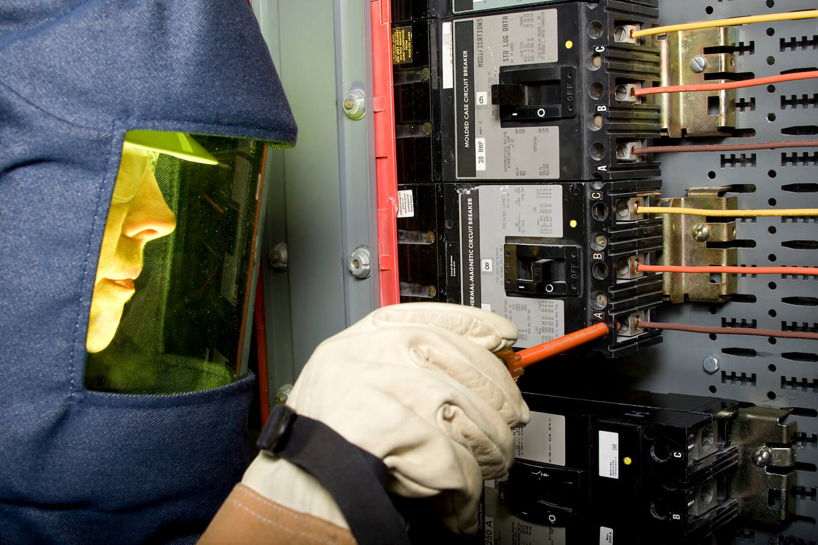 Industrial Electrical Services  Industrial Electrician