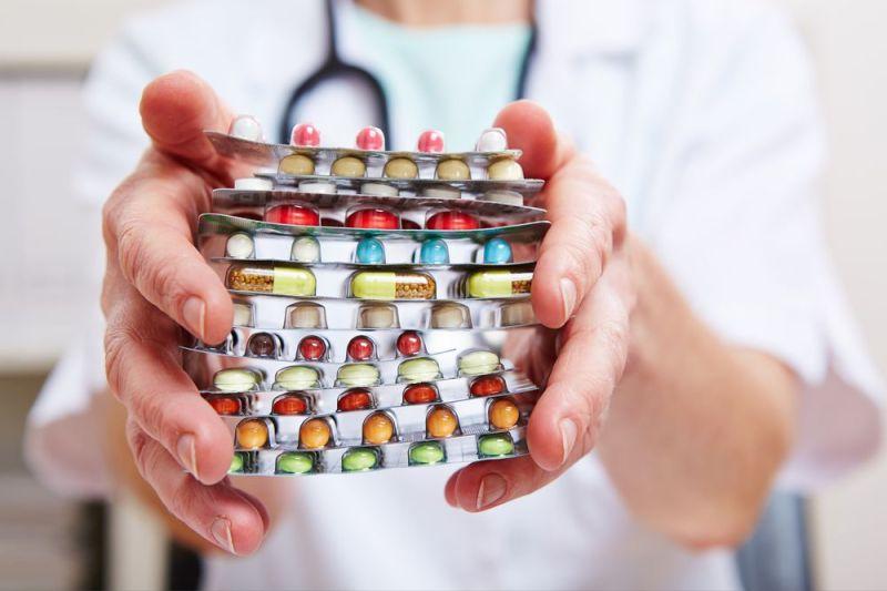 Foto: Shutterstock.com ljekarnica kršćanka brani li Crkva prodaju kontraceptivnih tableta
