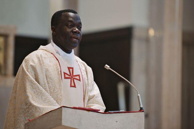 afrički svećenik u hrvatskoj duhovnik hks-a odilon singbo
