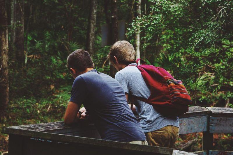 kako razgovarati s gay prijateljem moj prijatelj je homoseksualac kako razgovarati s prijateljem koji je gay