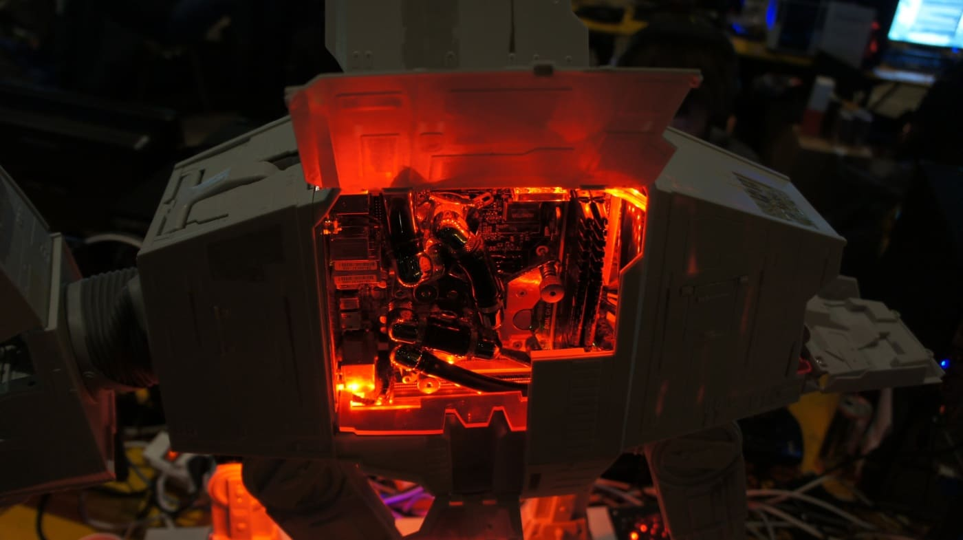 Star Wars ATAT Computer Case Mod Is A Thrill To Behold
