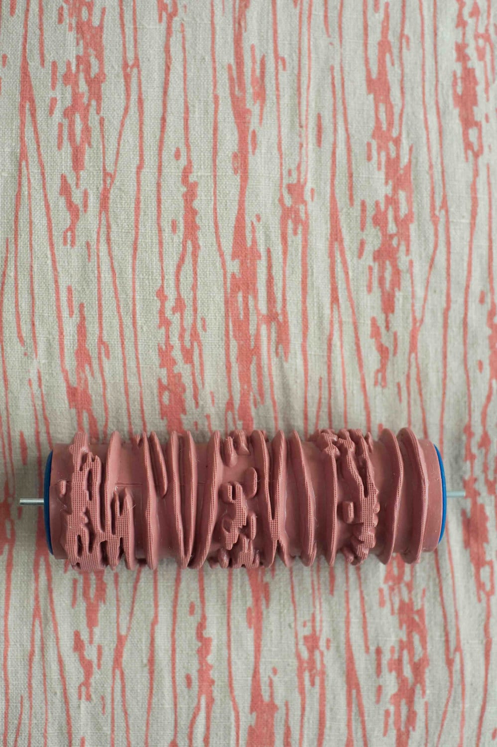 Wallpaper Paint: The Paint Roller That Creates A Wallpaper