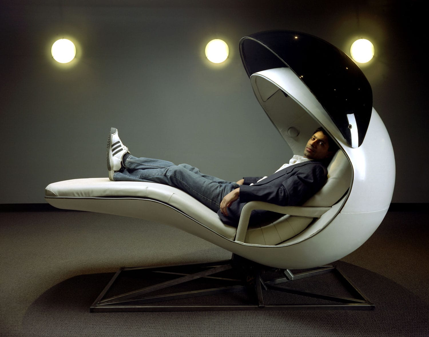 energy pod chair recliner new zealand the napping energypod cradles you in comfort while