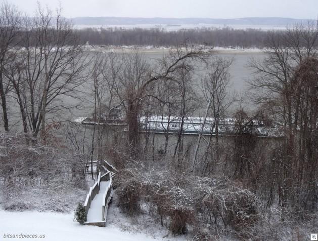 Barging up the river2