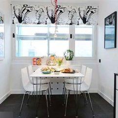 Kitchen Cabinets Wood Tile Backsplash For 时尚简约控 灰白木地板装点秘密小公寓(组图) - 家居装修知识网