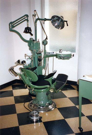 ASPAD Exposition Cabinet Dentaire Du Docteur Georges