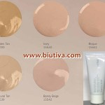 JAFRA Oil-Controlling Make-up SPF 15