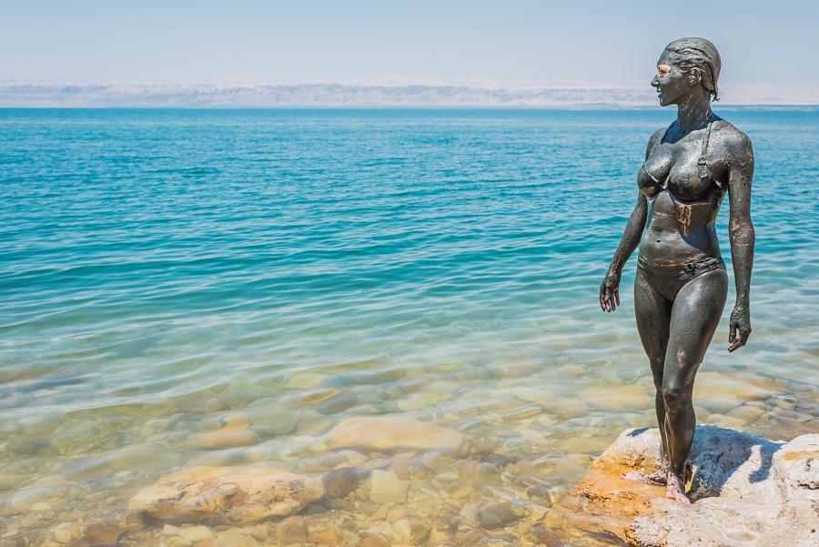 manfaat lumpur laut mati