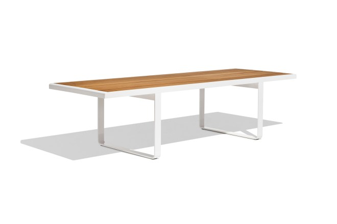 Sit / dining table