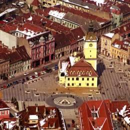 Punctele forte ale Braşovului pentru titlul de Capitală Culturală Europeană. În cursa pentru acest titlu vom fi ajutaţi de Sibiu şi de Linz