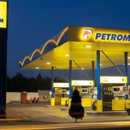 Ianuarie a scumpit carburanții cu 4%. Prețul mediu a ajuns la 5,36 lei/litru la benzină și 5,47 lei/litru la motorină