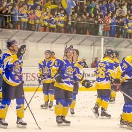 Primăria le dă câte o mie de euro campionilor Brașovului la handbal și hochei