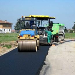 Ce drumuri judeţene şi comunale au primit bani pentru a fi reparate