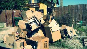 gunoaie deseuri depozitate ilegal strazi Brasov (8)