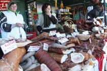 Producătorii de produse tradiționale ar putea deschide magazine în marile orașe cu sprijinul statului
