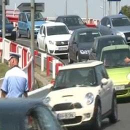 Sâmbătă, restricții pe drumul dintre Predeal și Râșnov, dar și pe cel dintre Râșnov și Poiană
