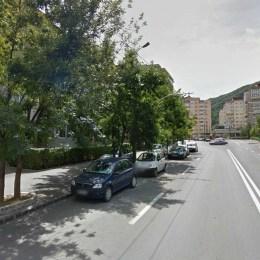Primăria a decis să amenajeze noi locuri de parcare pe B-dul Valea Cetății, pentru a elibera prima bandă de circulație