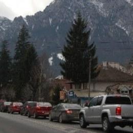 Aglomerație pe DN1, pe sensul către București: s-a format o coloană care se deplasează cu 30 km/h