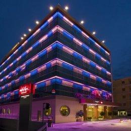 Hotelul Mercure de lângă fostul Casino Vesuvius este istorie. Omul de afaceri Angelo Barbati a abandonat, deocamdată, ideea investiției în domeniul turistic