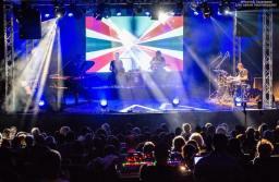 Jazz-ul revine la poalele Tâmpei în perioada 7 – 9 septembrie. 6 concerte, cu artiști din România, Anglia, Germania, Austria și Olanda.