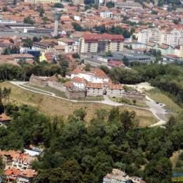 Curtea de Apel a meținut decizia ca Statul Român să fie proprietar al Cetățuiei Brașovului. ARO Palace poate merge mai departe la instanța supremă